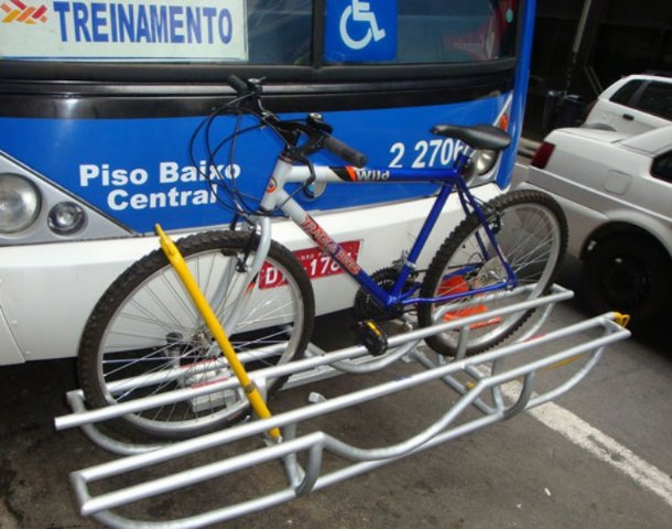 Bicicleta rack onibus